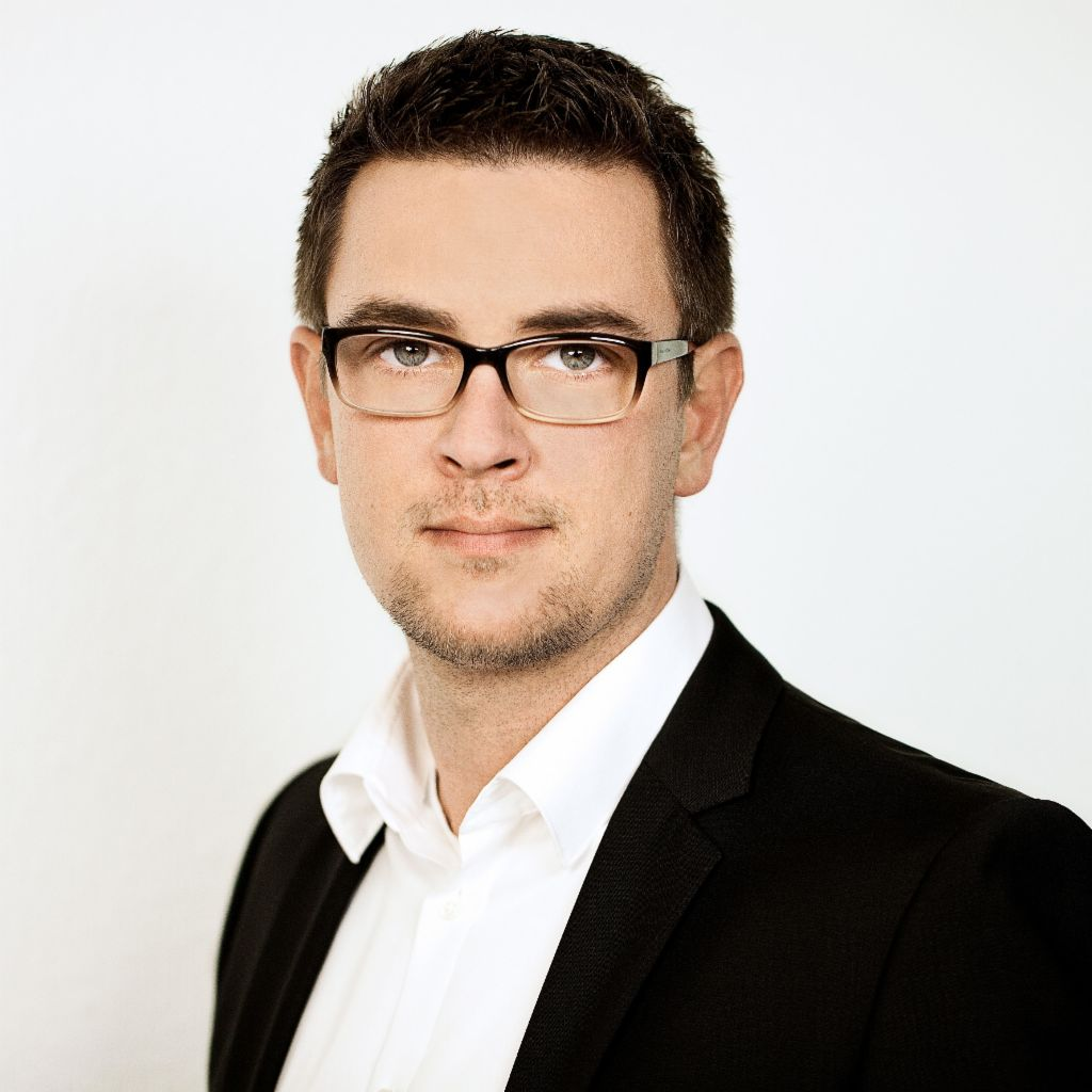 Felix Beutler, Senior Manager International Business Development im EOS Cross-border Center.